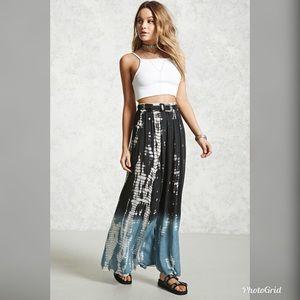 NWT!!!  Forever 21 Contemporary Ombré Maxi Skirt!!